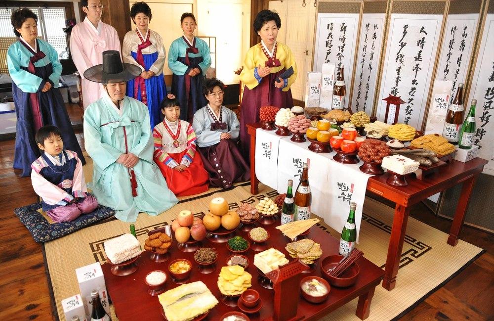Корея празднует Чусок — праздник урожая