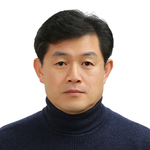 CEO, Thomas Cho